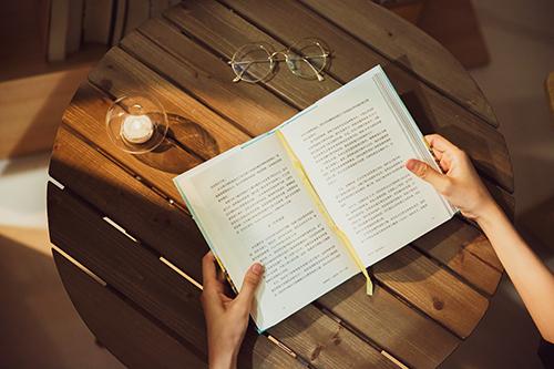 暑假應該玩還是學習?南寧秦學教育新高一暑假班課程介紹!