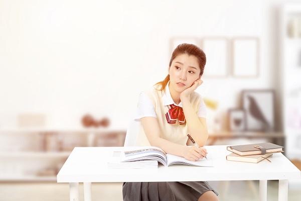 洛阳的学生可以落户西安参加中考吗?做起来麻烦吗?