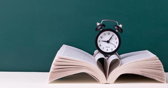 初中生應該如何利用好熬夜學習的時間提升自己的學習效率?