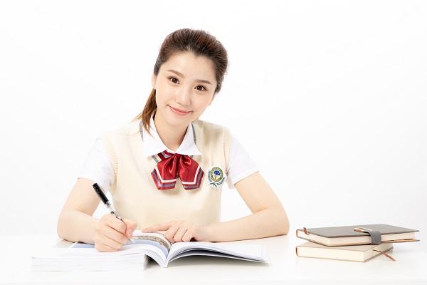 渭南高中辅导班哪家好?高中学生如何提高语文成绩?