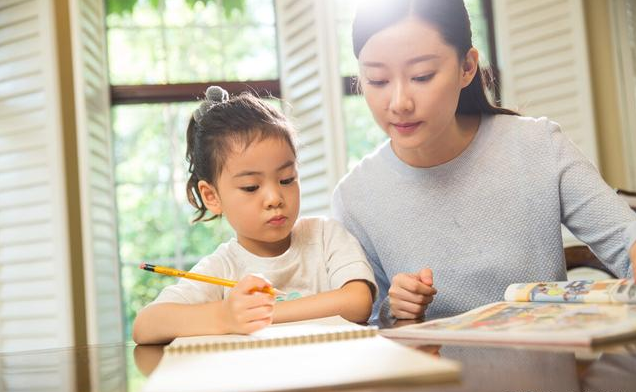 如何培养孩子的文学素养?腹有诗书气自华!