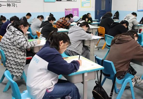 唐南中学附件初三暑假辅导班哪个好?